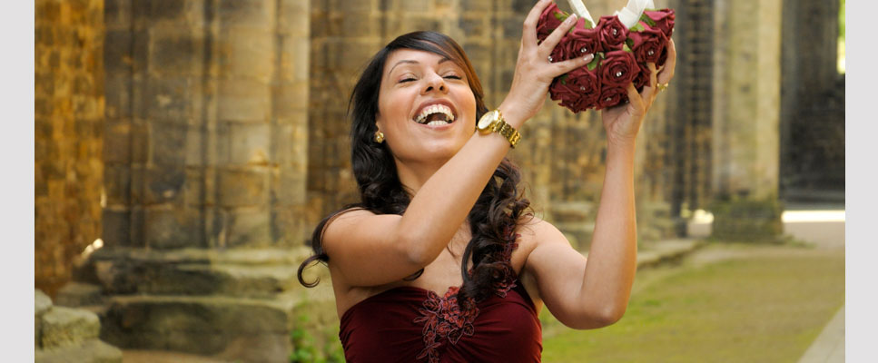Bouquet catch at Kirkstall Abbey, Leeds