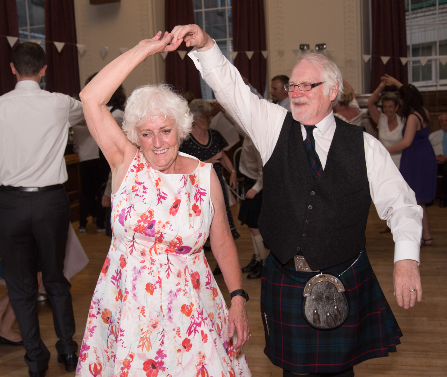 Ceilidh dancing at a wedding near Perth 2
