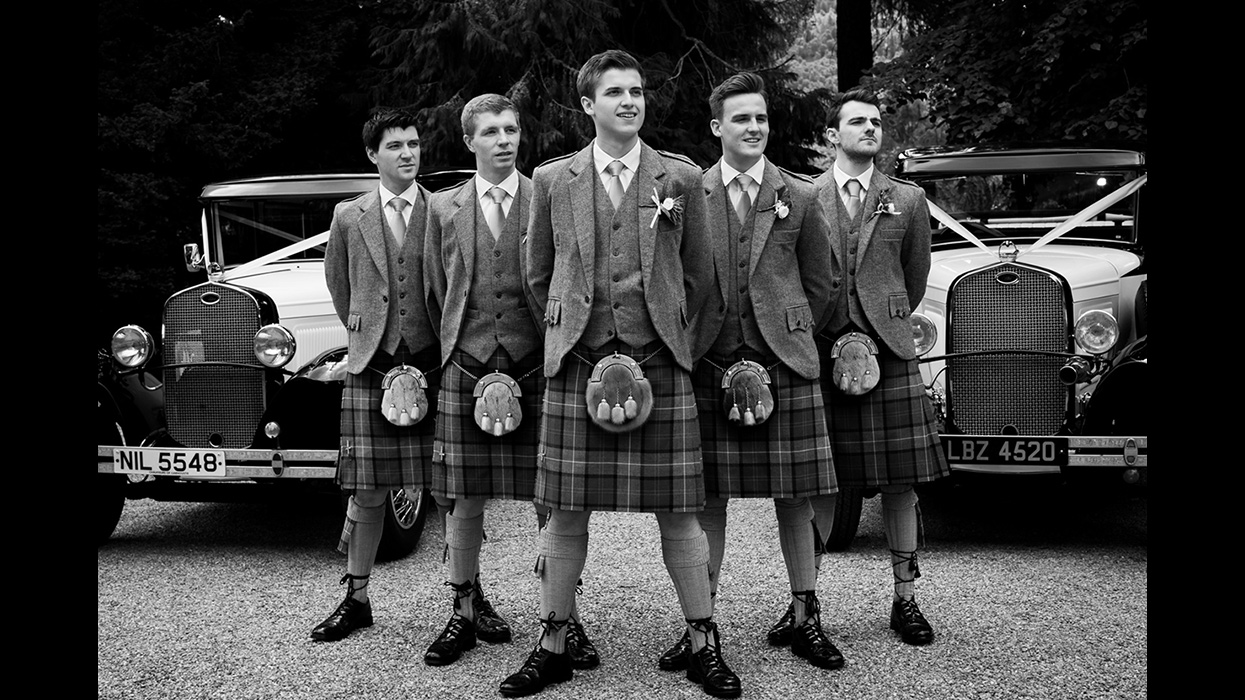 Groomsmen with vintage cars - Dunkeld Cathedral 1