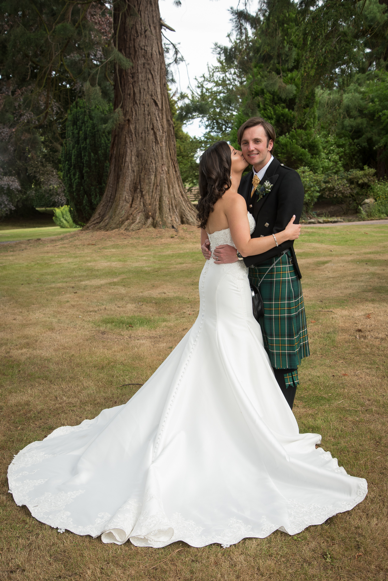Paul and Meghan at Huntingtower Hotel Perth, the Bride and Bridesmaids 5
