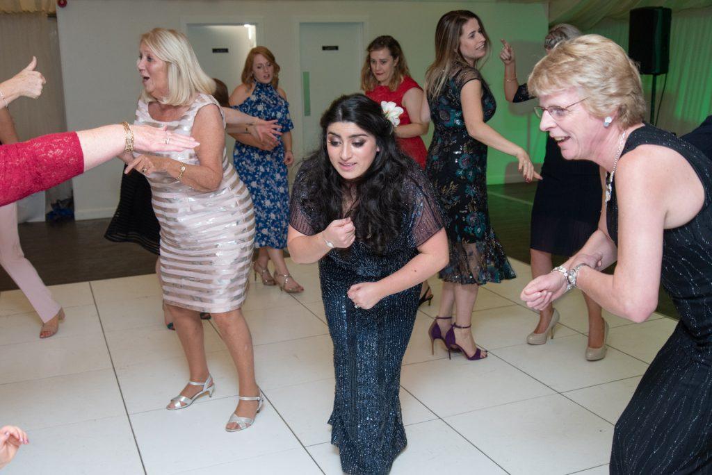 Lotta laughs, fun and dancing - Stephen & Reva at Dunkeld House Hotel 10
