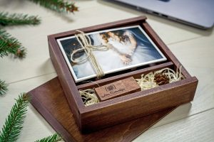 usb-engraved-wedding-photo-proof-presentation-box-1