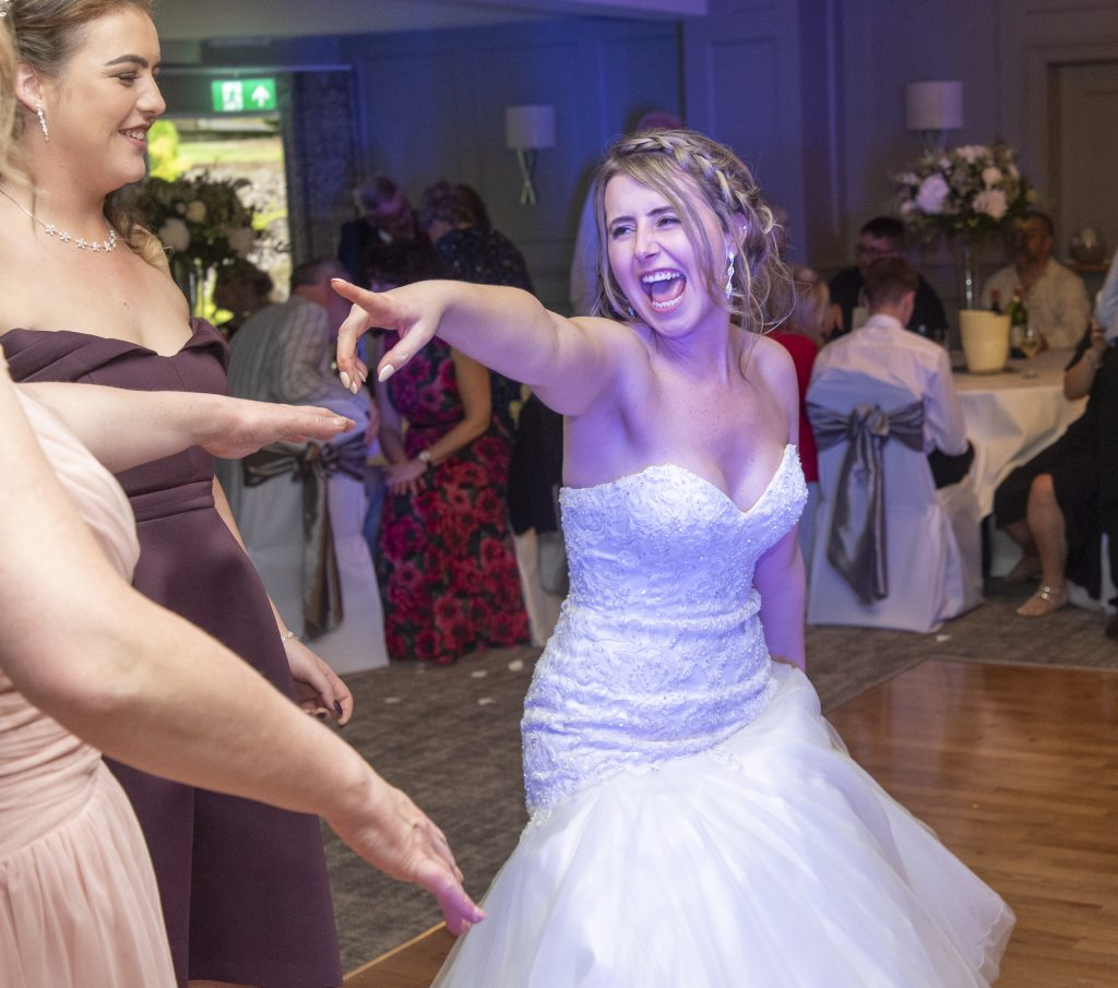 And why wouldn't you want your wedding to be this fun 1